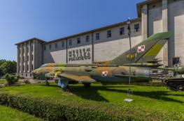 Warszawa Atrakcja Muzeum Polish Army Museum (Muzeum Wojska Polskiego)